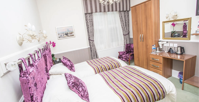 Twin Room - Park Lodge Whitley Bay